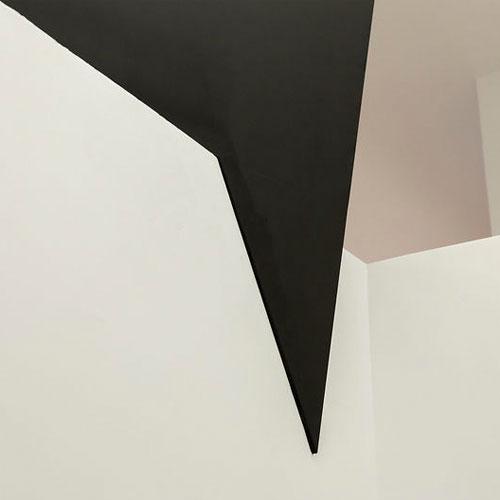 http://cigue.net/wp-content/uploads/2014/04/cigue_kris-van-assche-flagship-store_vignette.jpg